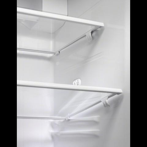 Electrolux side-by-side külmik-sügavkülmik EAL6142BOX