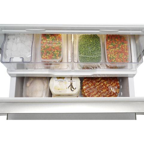 Fisher & Paykel kolmeukseline sügavkülma sahtli ja jäämasinaga side-by-side külmik RF540ADUSX4