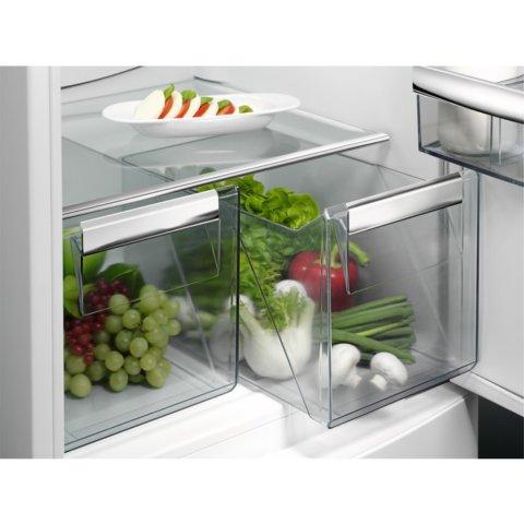 Integreeritav AEG külmik 177cm A+ SCB51811LS