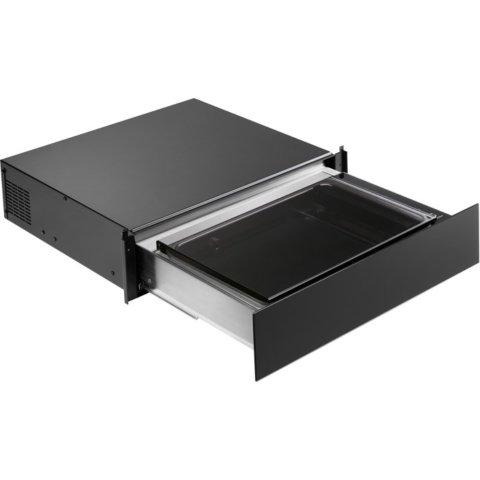 Electrolux integreeritav must vaakumpakendaja EVD14900OZ