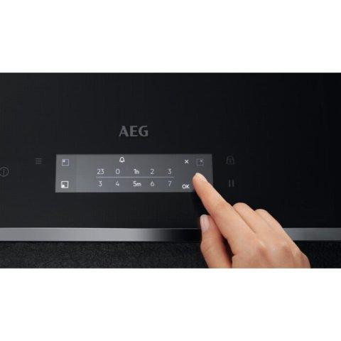 AEG 78cm Pure integreeritav Hob2Hood induktsioonpliit IPE84531FB