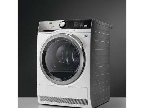 AEG 9000 seeria A+++ 8kg soojuspumbaga pesukuivati T9DBA68SC