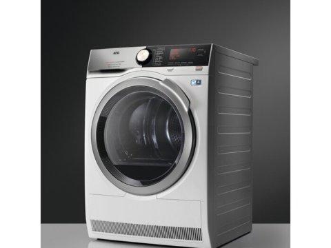 AEG 9000 seeria A+++ 8kg soojuspumbaga pesukuivati T9DBC68S