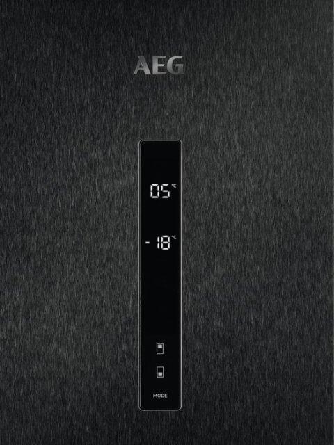 AEG 201cm FrostFree Extra Chill-sahtliga külmik RCB736E5MB