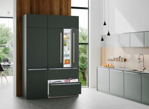 Side-by-side külmik Biofresh sahtli ja jäämasinaga Liebherr