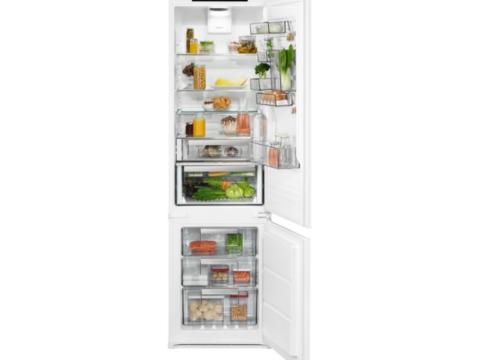 Electrolux külmik-sügavkülmik 188cm FrostFree LNS9TD19S