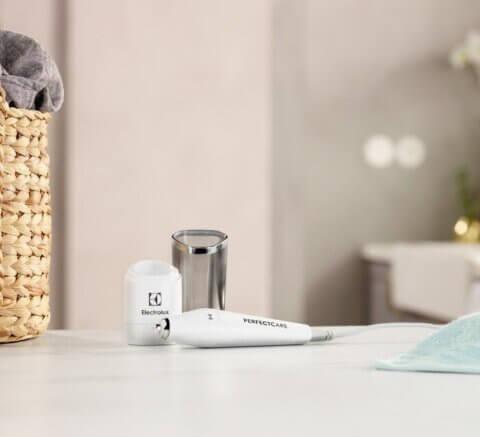 Electrolux Perfect Care ultraheliga plekieemalduspliiats