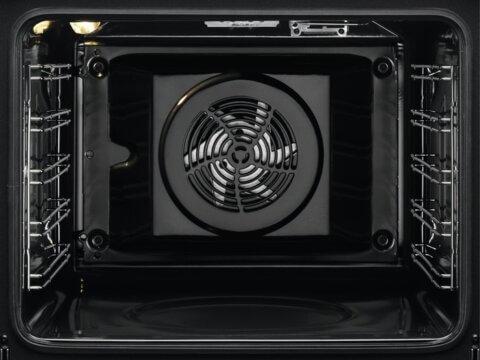 Electrolux 700 SteamCrisp pürolüüspuhastusega auruahi EOC8P39WX
